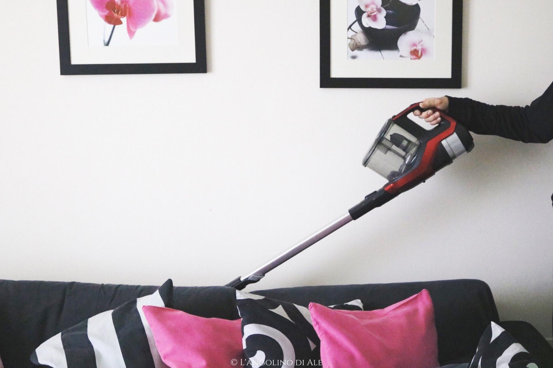 La mia opinione sulla scopa elettrica senza fili ciclonica for Scopa sul divano